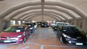 garage gonfiabile per autosaloni